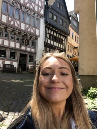 Selfie in Limbourg.png