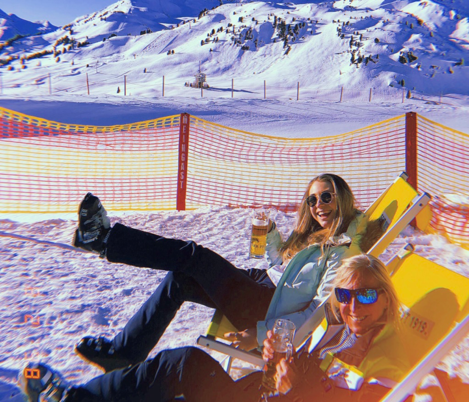 Ski pic mum and I.png